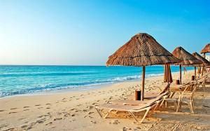 Красивый пляж в Египте